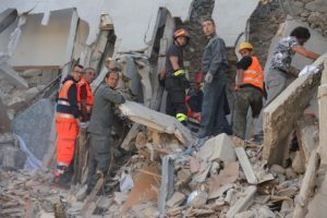 Rescuers-work-in-the-Italian-central-vil