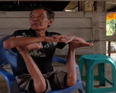 Meet Indonesia's Contortionist Grandfather